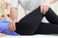 strukturalnaya osteopatiya. Tazobedrennyi i kolennyi sustavy